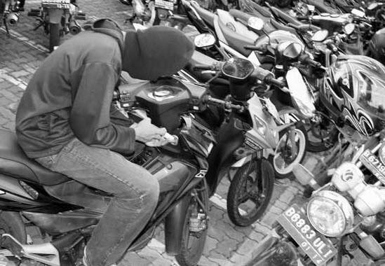 CCTV Mati, 3 Motor Hilang di Kampus Unswagati